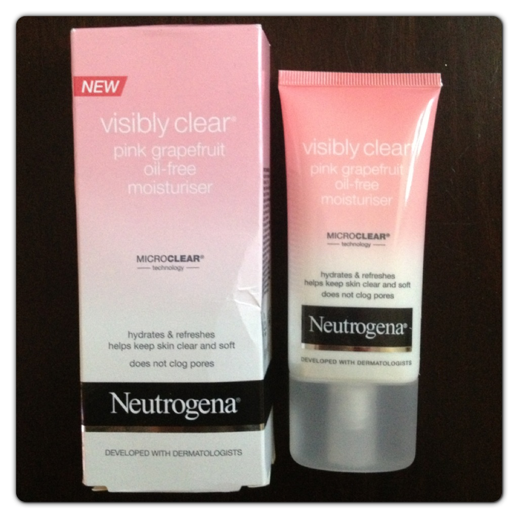 Neutrogena Visibly Clear Range