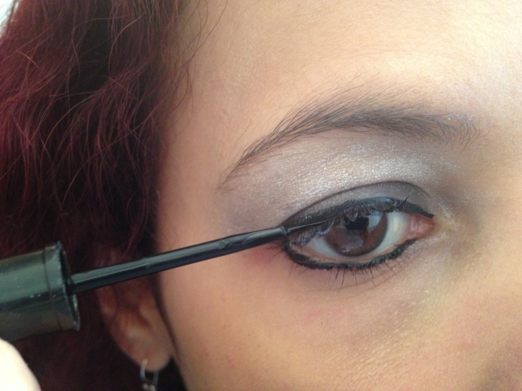 Step 3: Apply the liquid eyeliner around the eyes, to the bottom and top of eyelid
