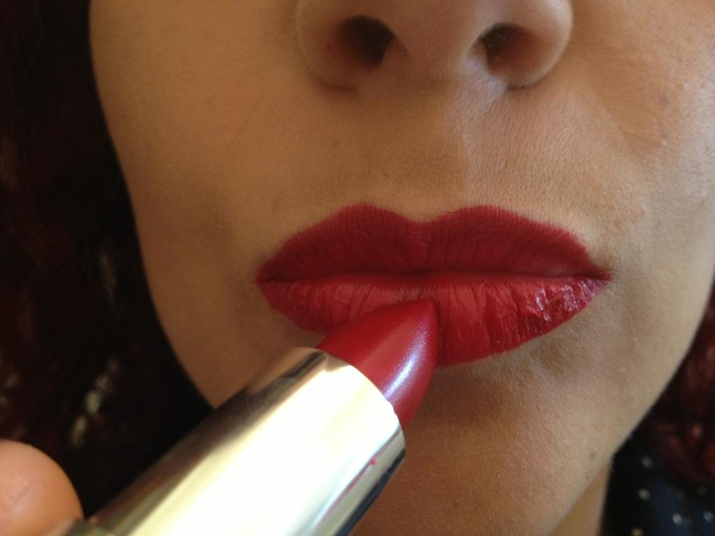 Step 5: Apply Red Lipstick
