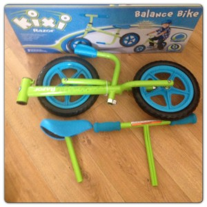 Kixi Razor Balance Bike: 4 Pieces