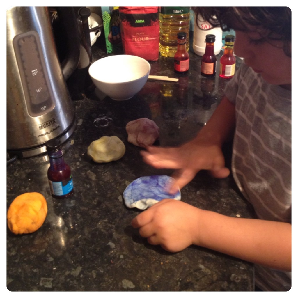 Adding Food Colouring to Playdoh
