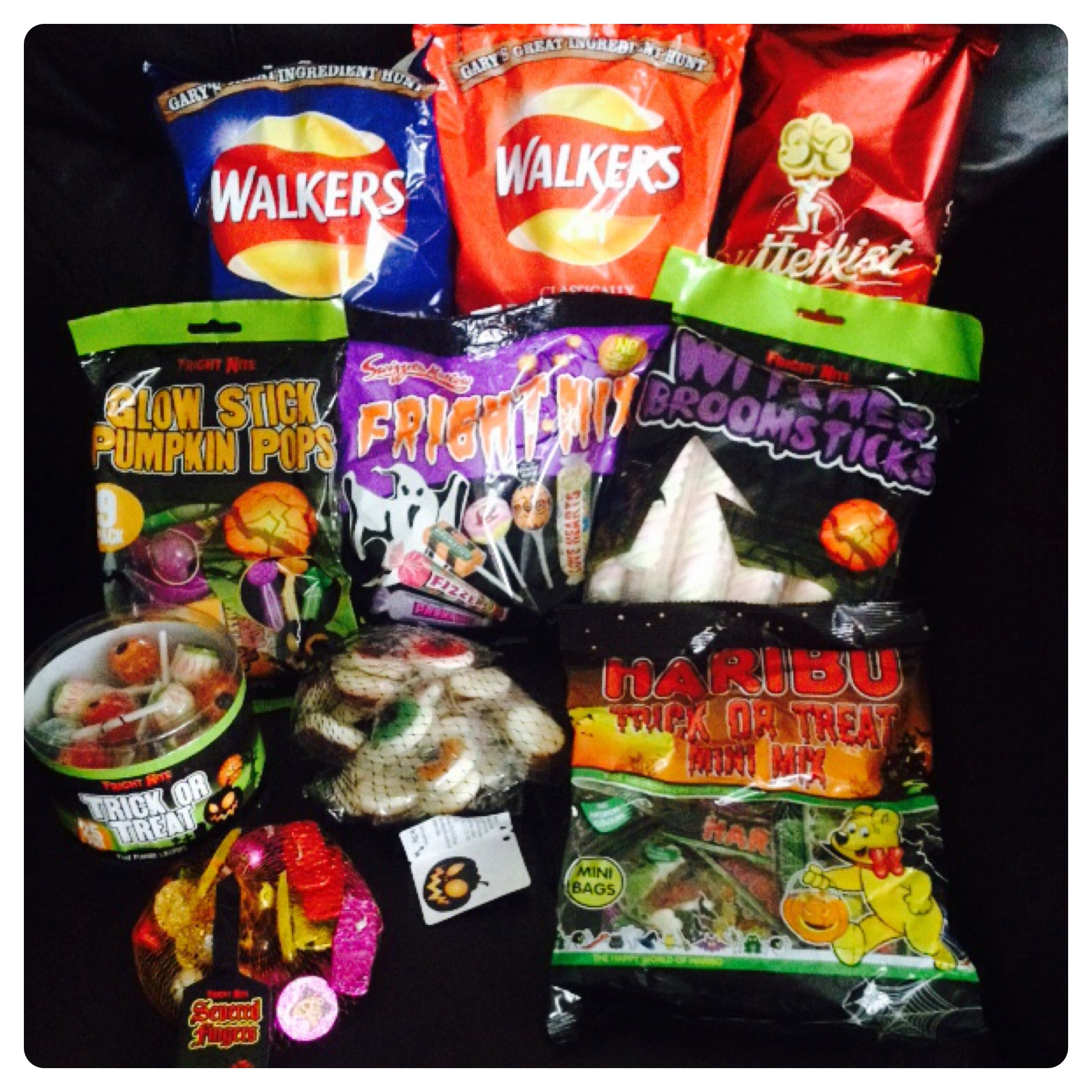 Have a spooktastic halloween with poundland lilinha angels halloween treats and snacks negle Choice Image