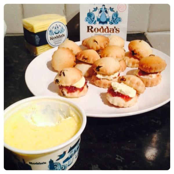 Rodda's Cornish Clotted Cream Scones