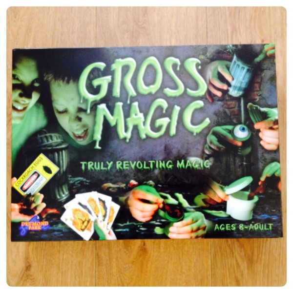 Gross Magic Set by Drumond Park