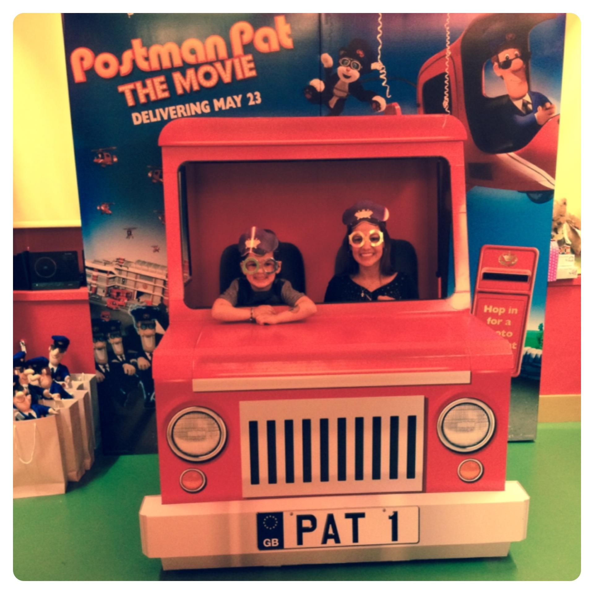 the world premiere of postman pat the postmanpat lilinha s world uk food