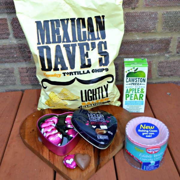 Degustabox Snacks: Mexican Dave's, Lindt Hello, Crawston Pear and Dr Oetker Edible Cases
